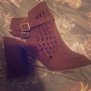 6.5/7 Hazelnut Shoes